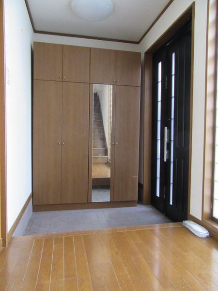 広い玄関(玄関)