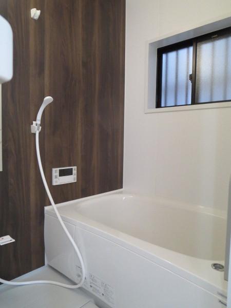 窓付きバスルーム(風呂)